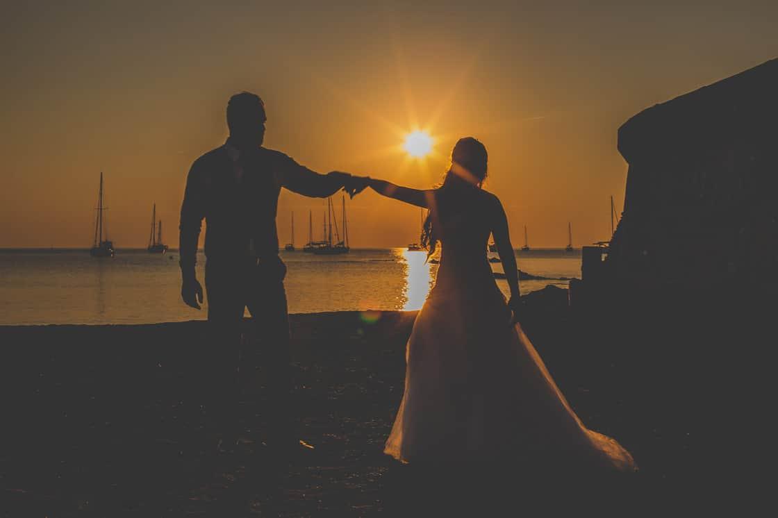 098-couple-silhouette-couchesoleil_WEB