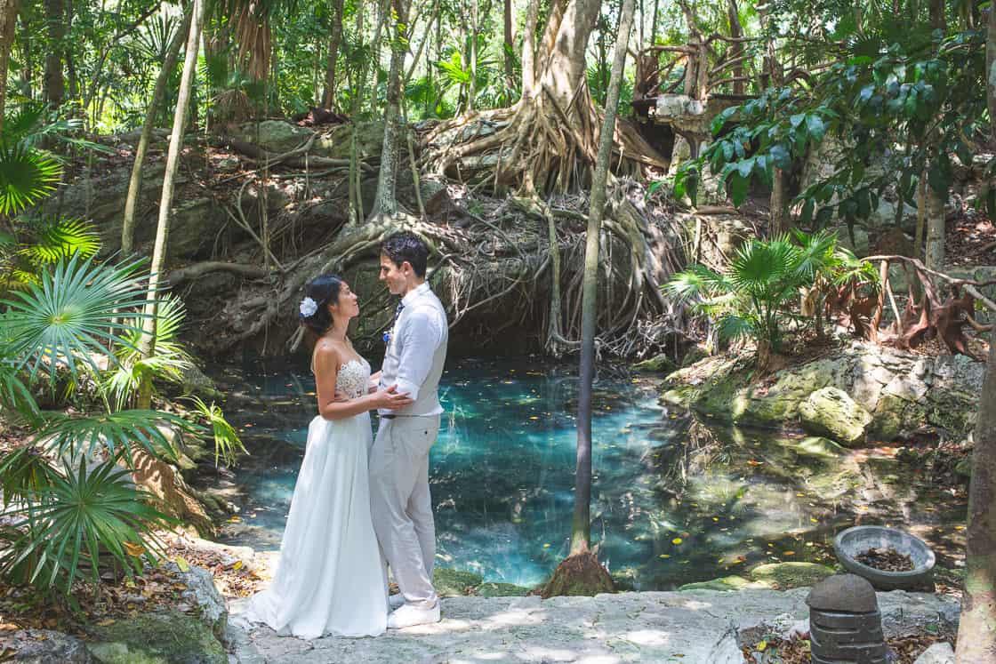 110-amour-cenote-mexique_WEB